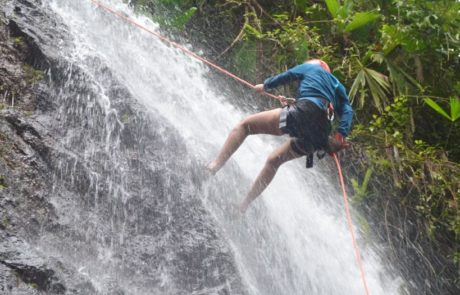 Costa Rica rappelling